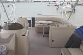 22 ft. Sun Tracker by Tracker Marine Party Barge 22 DLX w/115ELPT Pro XS Pontoon Boat Rental Miami Image 2