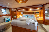 64 ft. sunseeker Manhattan Motor Yacht Boat Rental Miami Image 28