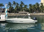 19 ft. Stingray Boats 182SC w/F90 Yamaha Bow Rider Boat Rental Miami Image 3