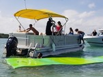 24 ft. Other 2486 Pontoon Boat Pontoon Boat Rental Miami Image 15