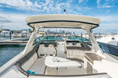 35 ft. Sea Ray Boats 350 SLX Bow Rider Boat Rental Chicago Image 2