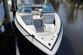 25 ft. Regal 25 Fastrac Bow Rider Boat Rental Fort Myers Image 1