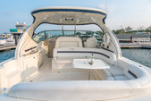 45 ft. Sea Ray Boats 450 Sundancer Axius Cruiser Boat Rental Chicago Image 4