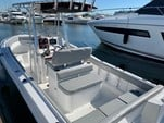 24 ft. Sea Hunt 236 Center Console Boat Rental Charleston Image 9