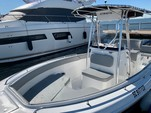 24 ft. Sea Hunt 236 Center Console Boat Rental Charleston Image 3