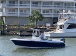 24 ft. Sea Hunt 236 Center Console Boat Rental Charleston Image 6