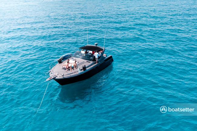 Rent a Wellcraft express cruiser in Cabo San Lucas, B.C.S. near me