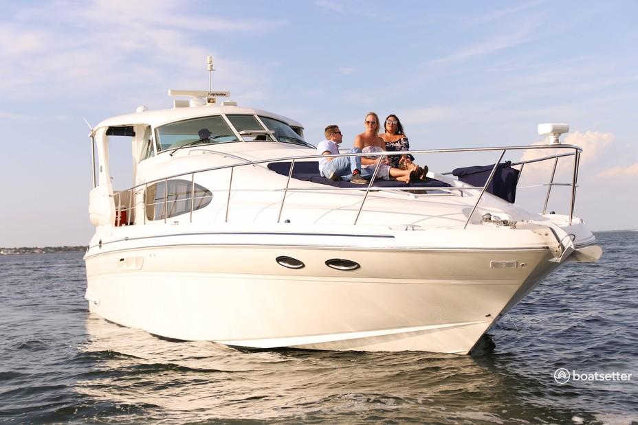 Rent a Sea Ray Boats motor yacht in South Pasadena, FL near me