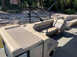 24 ft. Lexington 523 Pontoon Boat Rental Miami Image 5