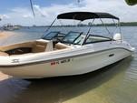 23 ft. Sea Ray Boats 230 SLX  Bow Rider Boat Rental Miami Image 1