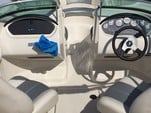 19 ft. Sea Ray Boats 185 Sport BR  Bow Rider Boat Rental Jacksonville Image 6