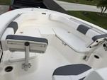 21 ft. Robalo R200 CC w/F150XA  Center Console Boat Rental Miami Image 3