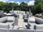 22 ft. Veranda V2275 w/Triple Toon Perf. Pkg. Pontoon Boat Rental Alabama GC Image 2