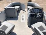 22 ft. Veranda V2275 w/Triple Toon Perf. Pkg. Pontoon Boat Rental Alabama GC Image 3