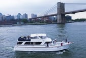 80 ft. Chris Craft Roamer Motor Yacht Boat Rental New York Image 18