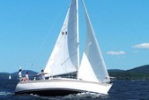 27 ft. Catalina 270 Fin Sloop Boat Rental San Diego Image 1