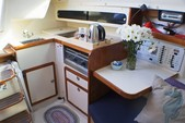 27 ft. Catalina 270 Fin Sloop Boat Rental San Diego Image 2