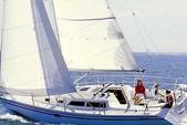 33 ft. Catalina 320 Sloop Boat Rental San Diego Image 2