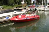 17 ft. Sugar Sand Tango Xtreme GT Jet Boat Boat Rental Portland Image 3
