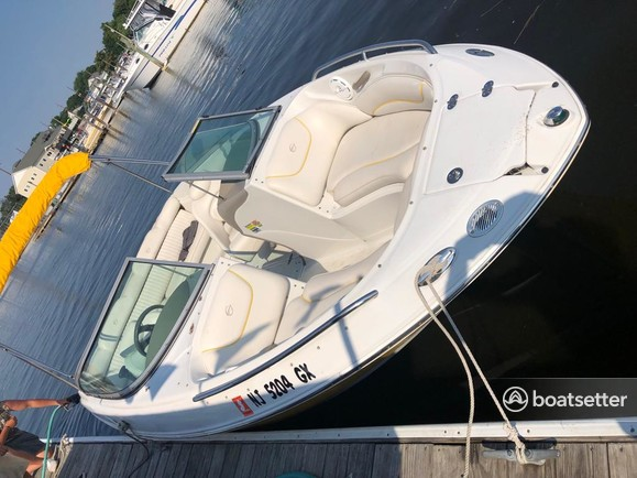 Rent a Crownline Boats bow rider in Union Beach, NJ near me