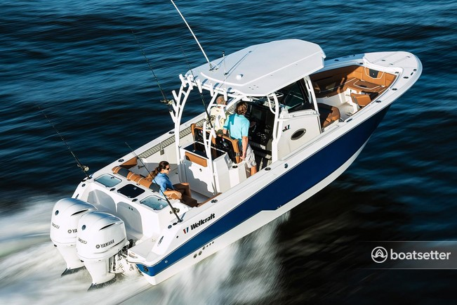Rent a Wellcraft center console in East End, St Thomas near me