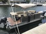 20 ft. Crest Pontoons 190 Crest II Pontoon Boat Rental Miami Image 16