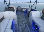 24 ft. Avalon Pontoons 24' LSZ Entertainer Pontoon Boat Rental Tampa Image 6