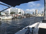 31 ft. Hunter 31 Daysailer & Weekender Boat Rental Miami Image 5