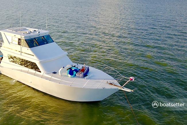 Rent a Viking Yacht cruiser in League City, TX near me