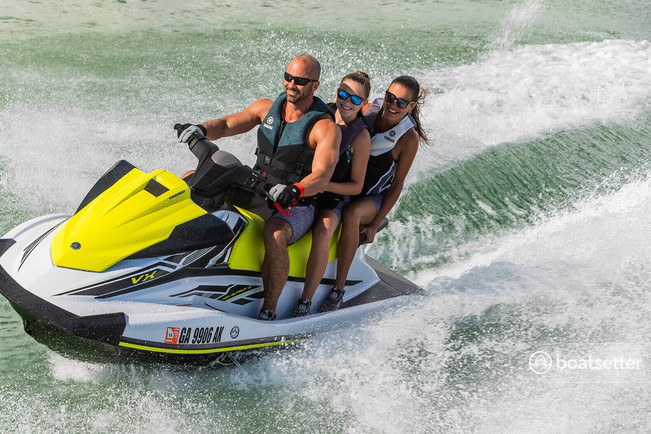Rent a Yamaha ski and wakeboard in Osage Beach, MO near me