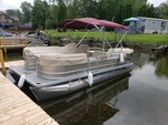 20 ft. Godfrey Marine Sweetwater Sunrise 206 C Pontoon Boat Rental Rest of Northeast Image 1