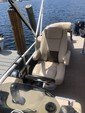 24 ft. Sun Tracker by Tracker Marine Party Barge 22 DLX w/115ELPT 4-S Pontoon Boat Rental Miami Image 12