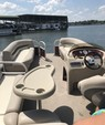 22 ft. Sun Tracker by Tracker Marine Party Barge 20 DLX Signature w/60ELPT 4-S Pontoon Boat Rental N Texas Gulf Coast Image 5