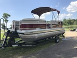 22 ft. Sun Tracker by Tracker Marine Party Barge 20 DLX Signature w/60ELPT 4-S Pontoon Boat Rental N Texas Gulf Coast Image 7