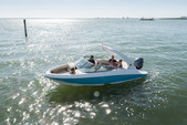 21 ft. Regal 21 OBX Cruiser Boat Rental Miami Image 2