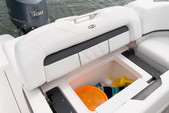 21 ft. Regal 21 OBX Cruiser Boat Rental Miami Image 7