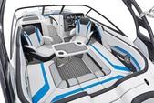 24 ft. Yamaha 242X E-Series  Cruiser Boat Rental Miami Image 4