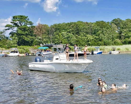 Rent a Pioneer Boats center console in Somers Point, NJ near me