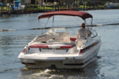 25 ft. Larson Boats LXi 248  Cruiser Boat Rental Fort Myers Image 1