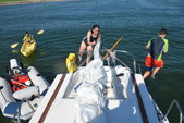 25 ft. MacGregor Yachts 25 Daysailer & Weekender Boat Rental Boston Image 4