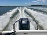 23 ft. Sea Hunt Boats Ultra 232 Center Console Boat Rental Charleston Image 9