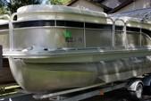 22 ft. Bennington Marine 22SLX Pontoon Boat Rental Tampa Image 5