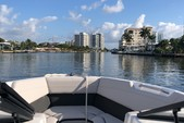 23 ft. Rinker Q3 Bow Rider Boat Rental Miami Image 3