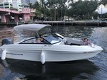 23 ft. Rinker Q3 Bow Rider Boat Rental Miami Image 8