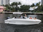 23 ft. Rinker Q3 Bow Rider Boat Rental Miami Image 9
