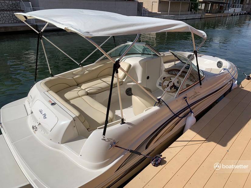 Rent a Sea Ray Boats bow rider in Phoenix, AZ near me