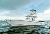 35 ft. Everglades by Dougherty 355CC Offshore Sport Fishing Boat Rental The Keys Image 2