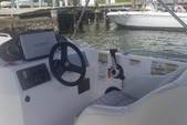 21 ft. Hurricane Boats SD 2100 Bow Rider Boat Rental West Palm Beach  Image 8
