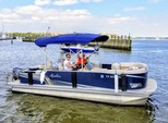 22 ft. Avalon Pontoons 22' LSZ Fish Pontoon Boat Rental N Texas Gulf Coast Image 8