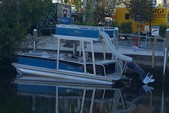 29 ft. Avalon Pontoons 27' Paradise Funship Pontoon Boat Rental Fort Myers Image 2